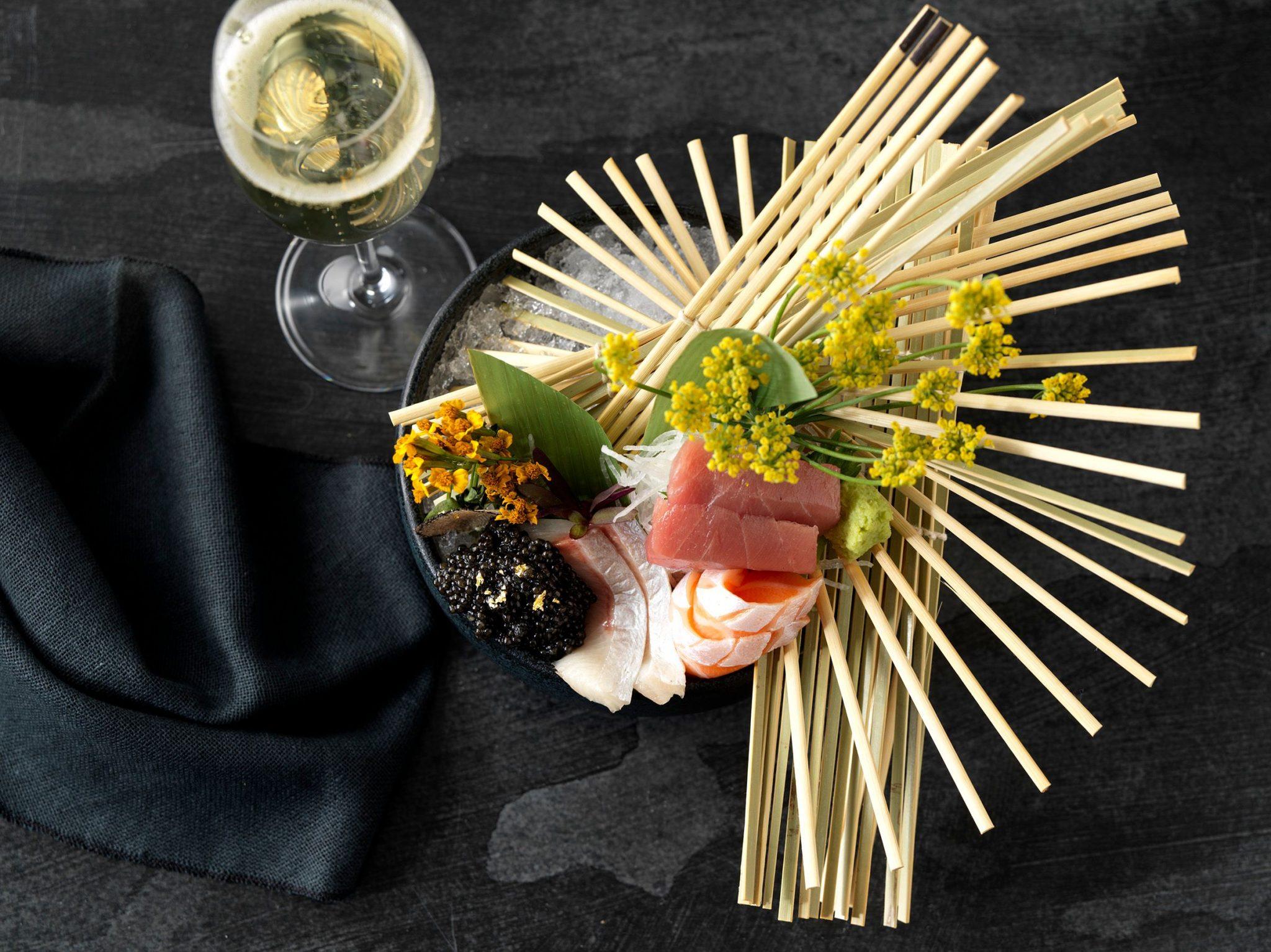 Assorted Sashimi scaled